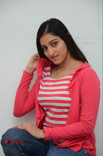 Telugu Actress Mouryani Latest Pos in Blue Denim Jeans  0109.JPG