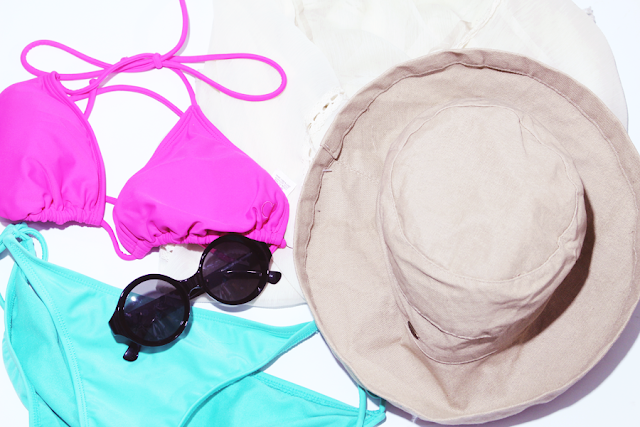 summer, poolside essentials