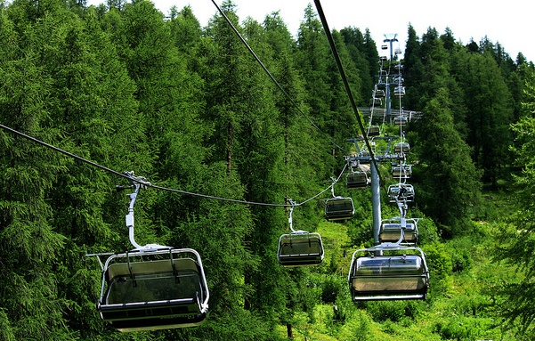 Cable Chair Lift : New murree patriata cable car is always attractive
