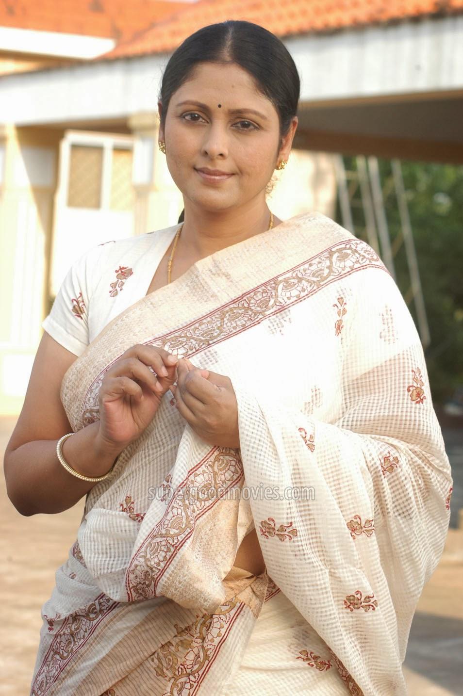 Nude Jayasuda 51