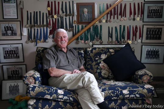 Doc McDonald, aka Don McDonald, Havelock North, coach, Hawke's Bay Rowing Club, New Year's Honours. photograph