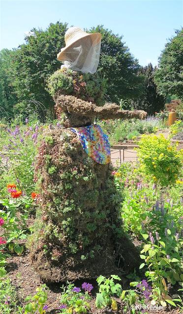 topiary lady, Brookside Gardens, Wheaton, Maryland