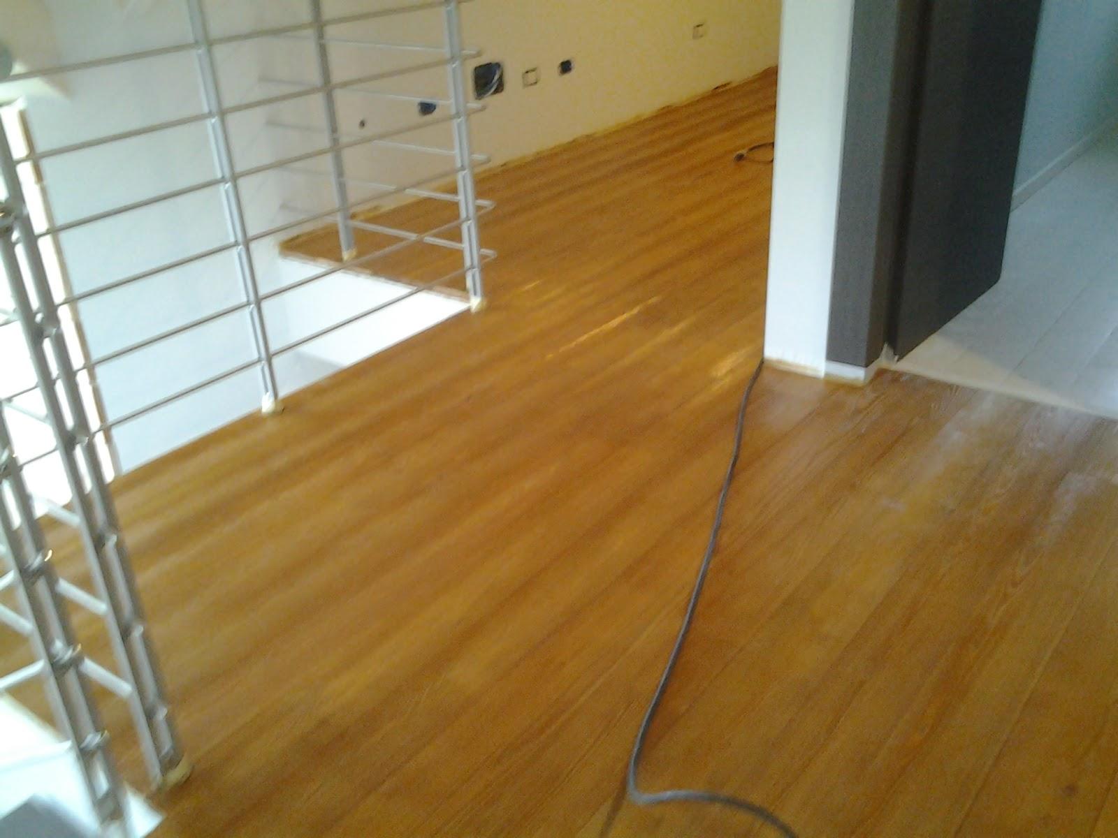 Pavimento in legno di larice fai da te - Pavimento in legno per esterno fai da te ...
