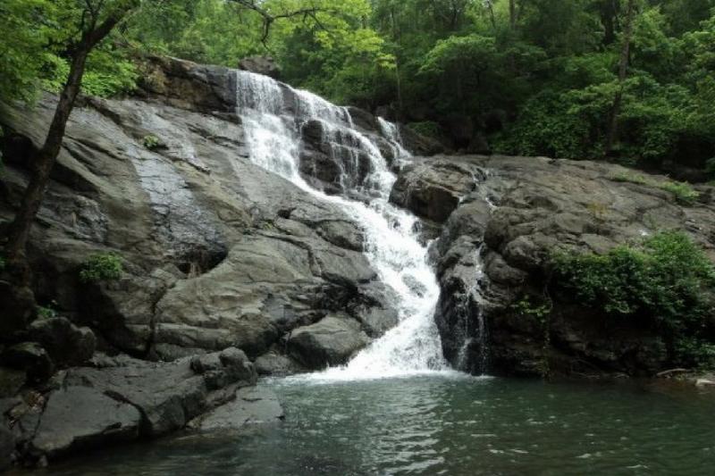Zenith Fall At Khopoli Is A Famous Waterfall Mumbai Pune