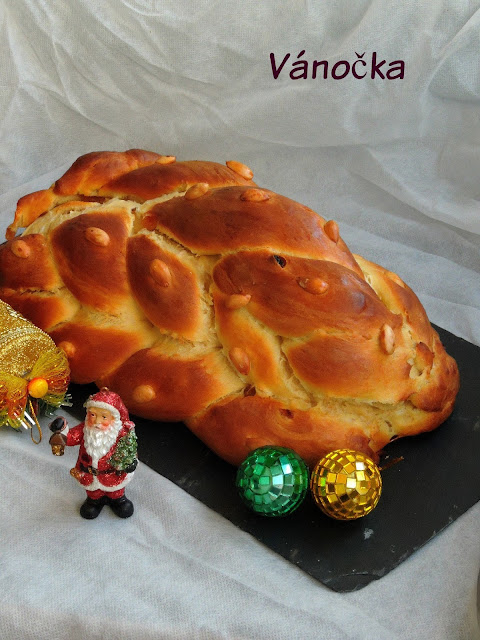 Vánočka, Czech Christmas Bread