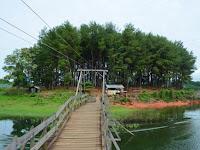 Wisata Pulau Pinus 2 Riam Kanan