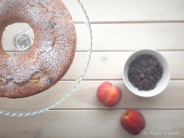 torta pesche, mandorle e cioccolato