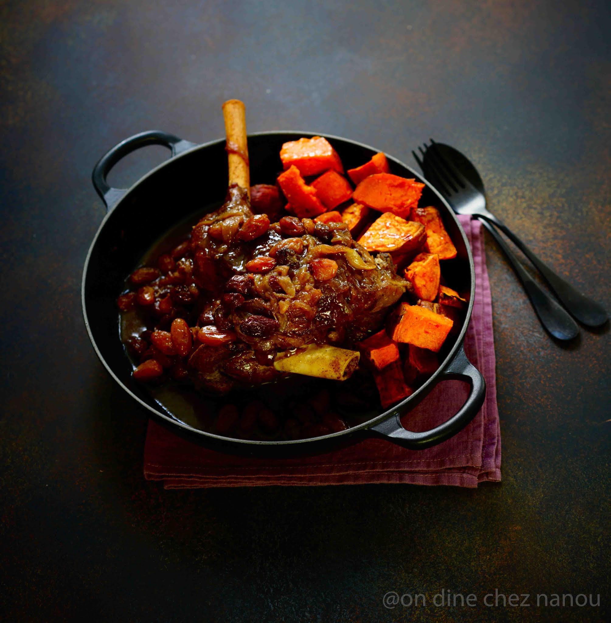 raisins secs , épices , miel , cuisson en cocotte