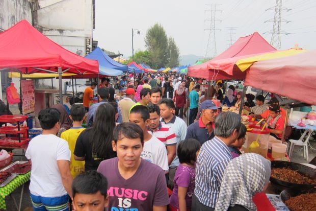 Tips macam mana nak beli makanan di Bazar Ramadan.