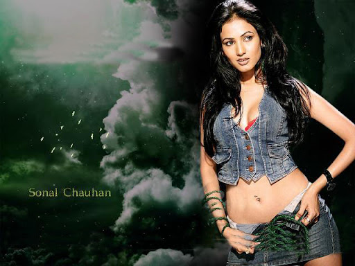 Actress Sonal Chauhan Hot & Photos (4) « Thebebo Is A Best