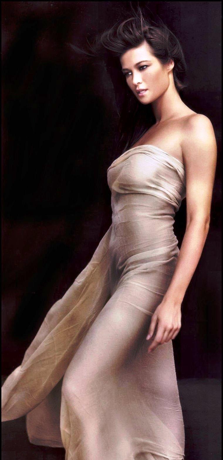 Manuela arcuri nude images 77