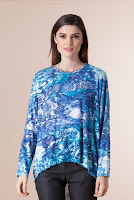Bluza albastra asimetrica