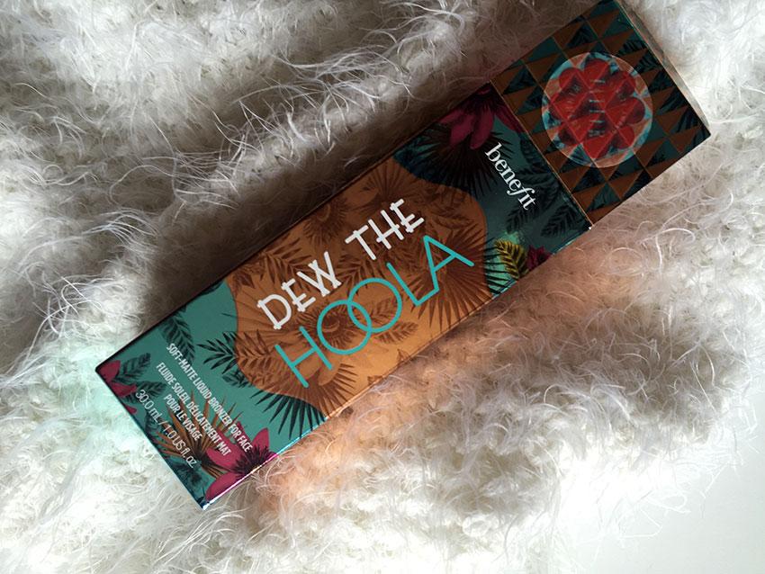 Benefit Dew the Hoola packaging.