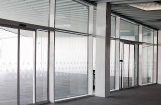 Puertas automáticas y cerramientos en Zaragoza