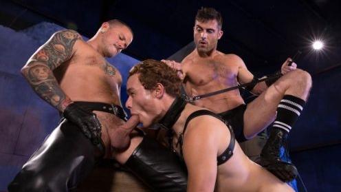 Lance Hart, Micky Mackenzie, Max Cameron – Pig Puppy