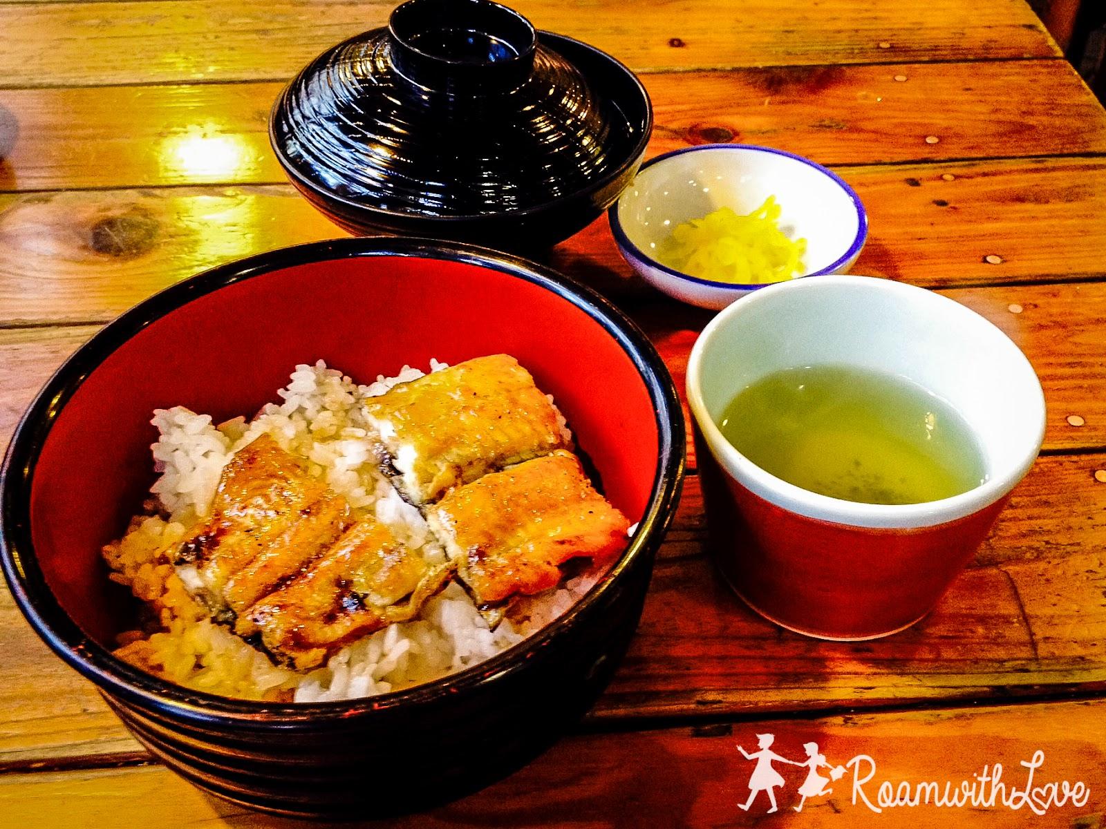 Japan,kyoto,review,เกีนวโต,รีวิว,ทริป,สวีท,ญี่ปุ่น,คันไซ,inari,fushimi,ฟูชิมิ อินาริ,ปลาไหล