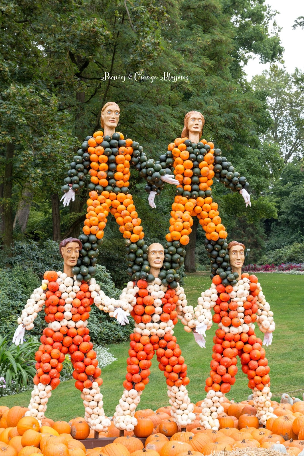 Ludwigsburg Pumpkin Festival 2016 - Kurbisaustellung Ludwigsburg | Peonies & Orange Blossoms