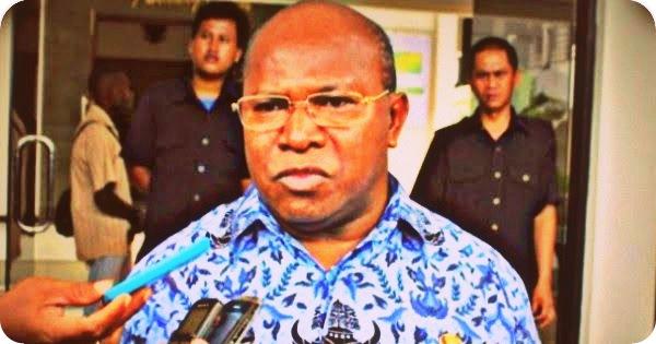 Frederikus Gebze Minta Partai Politik Dukung Pembangunan Daerah