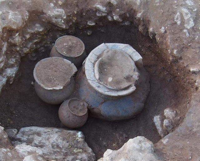 Middle Neolithic tomb unearthed at the necropolis of Vilanera, Spain