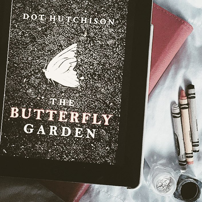 Angel erin 39 s book obsession the butterfly garden by dot - The butterfly garden dot hutchison ...