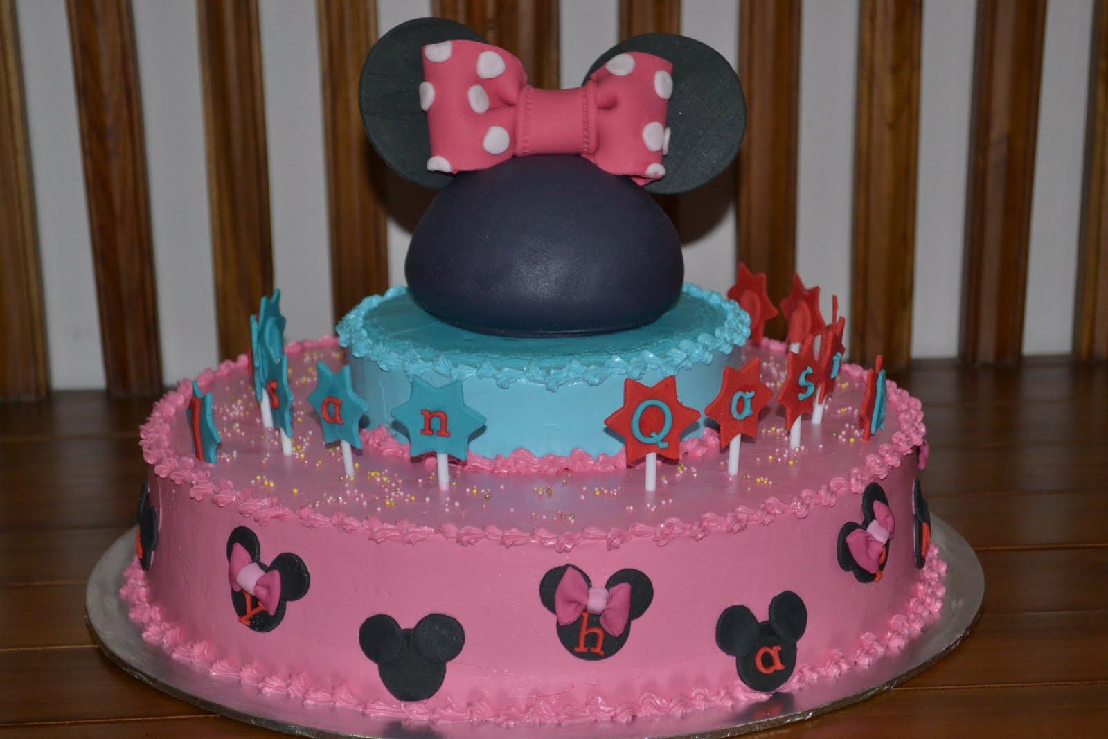 Mypu3 Cake House Mini Mouse Cake