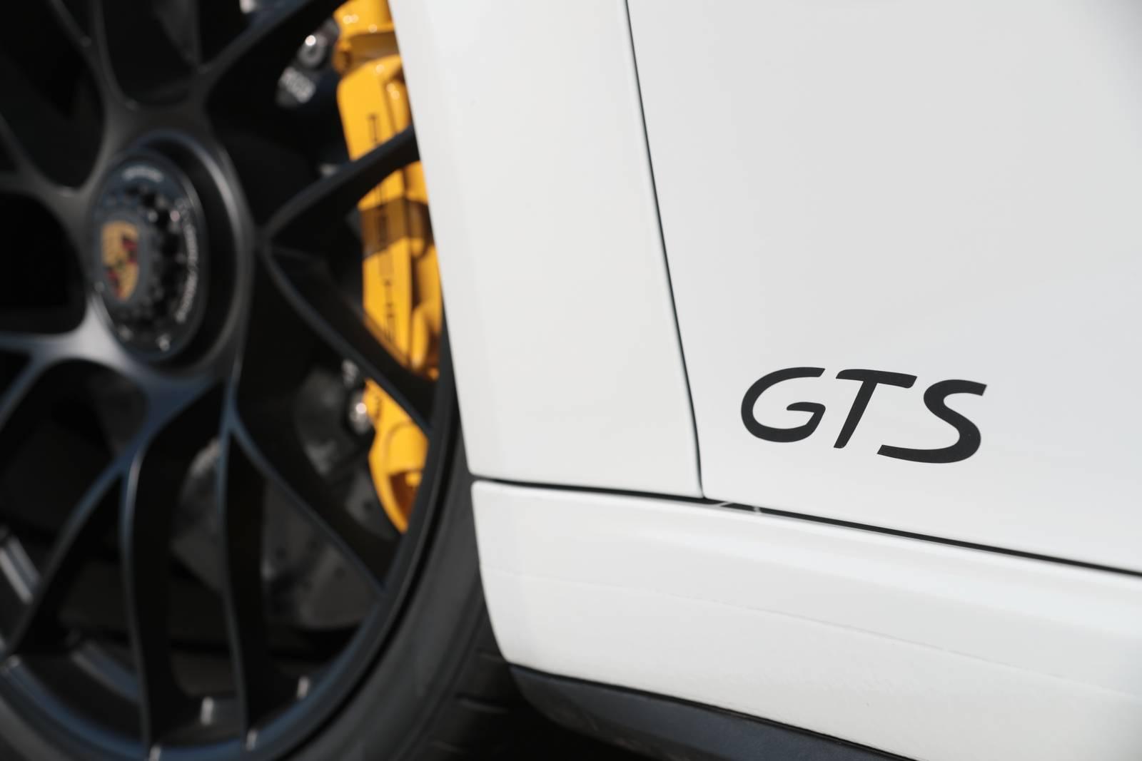 Felga Porsche 911 Carrera 4 GTS