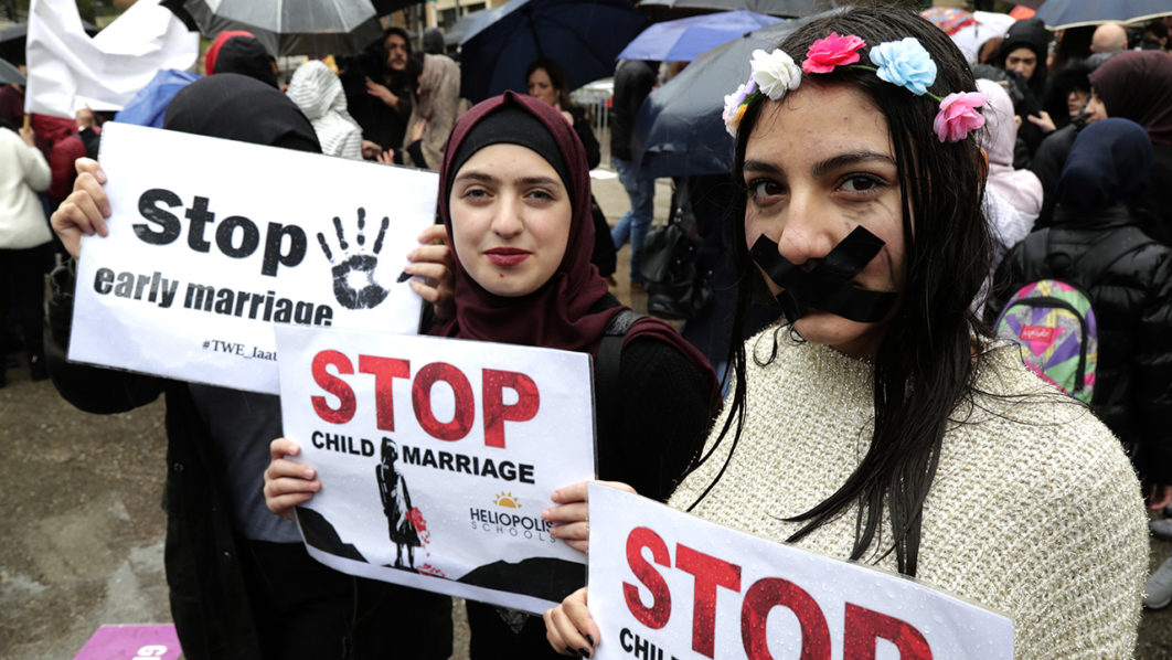Hundreds protest against child marriage in Lebanon