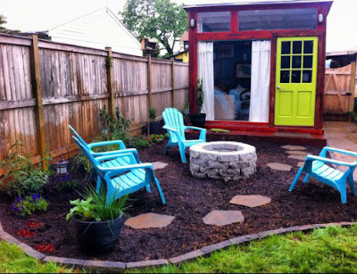 Tiny house with fire pit backyard design