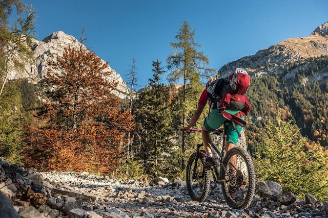 Auffahrt Rofanspitze Mountainbike