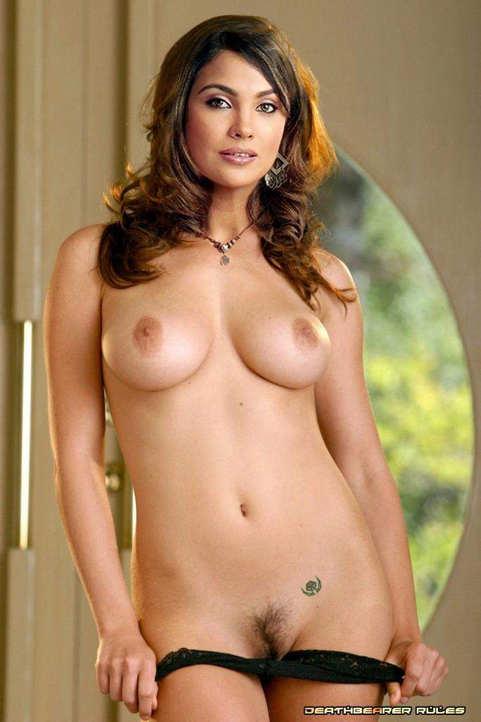 fully nude pictures of lara dutta