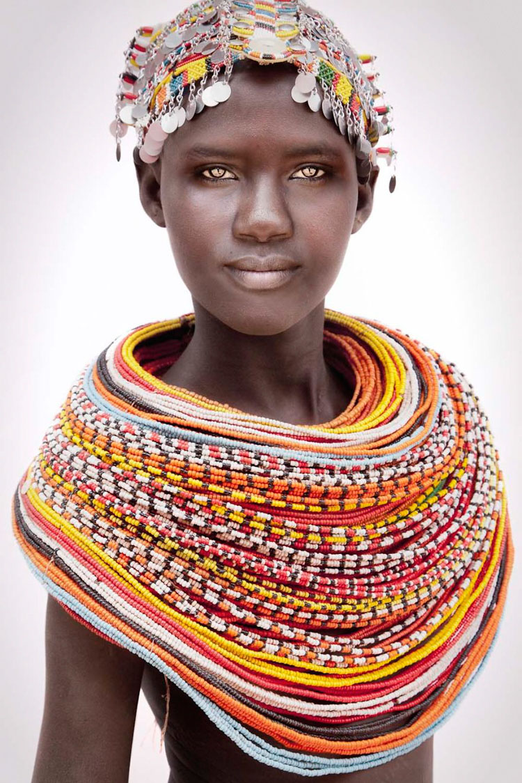 11 Mind-Blowing Pictures Of The Last African Nomads - A Samburu Girl in Kenya