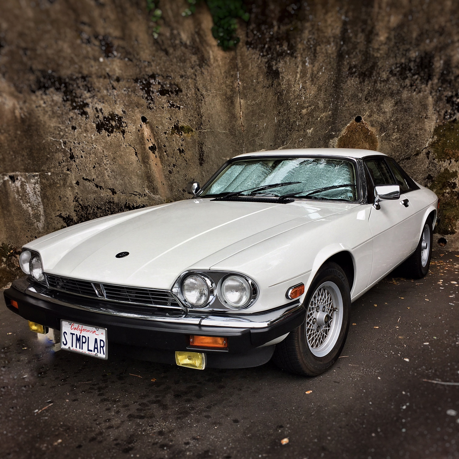 My Jaguar Experience 1970 Xj6 Manual Transmission Five Years And Ten Thousand Hard Won Miles On The Clock Ago We Brought Home A Beautiful Simon Templar White 1989 Xj S In Need Of An Ungodly Amount