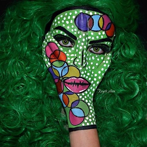 12-Pop-Art-Circles-Krysti-Ellen-Body-Painting-Face-plus-a-Hand-www-designstack-co