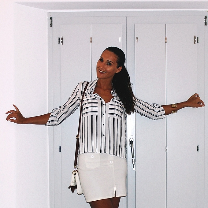 Jelena Zivanovic Instagram @lelazivanovic.Glam fab week.Best holiday looks.White skirt striped shirt.Stradivarius shirt kosulja.