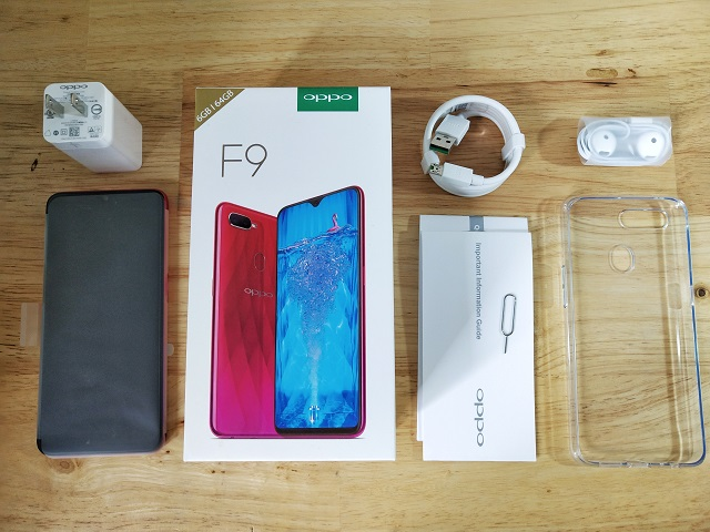 OPPO F9 Unboxing