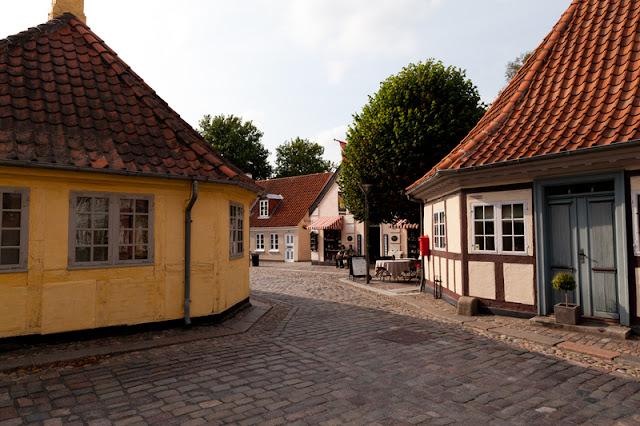 Museum Hans Christian Andersen + casa onde passou a infância em Odense, Dinamarca