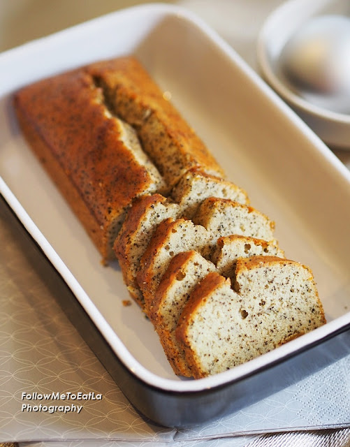 Earl Grey Apricot Travel Cake