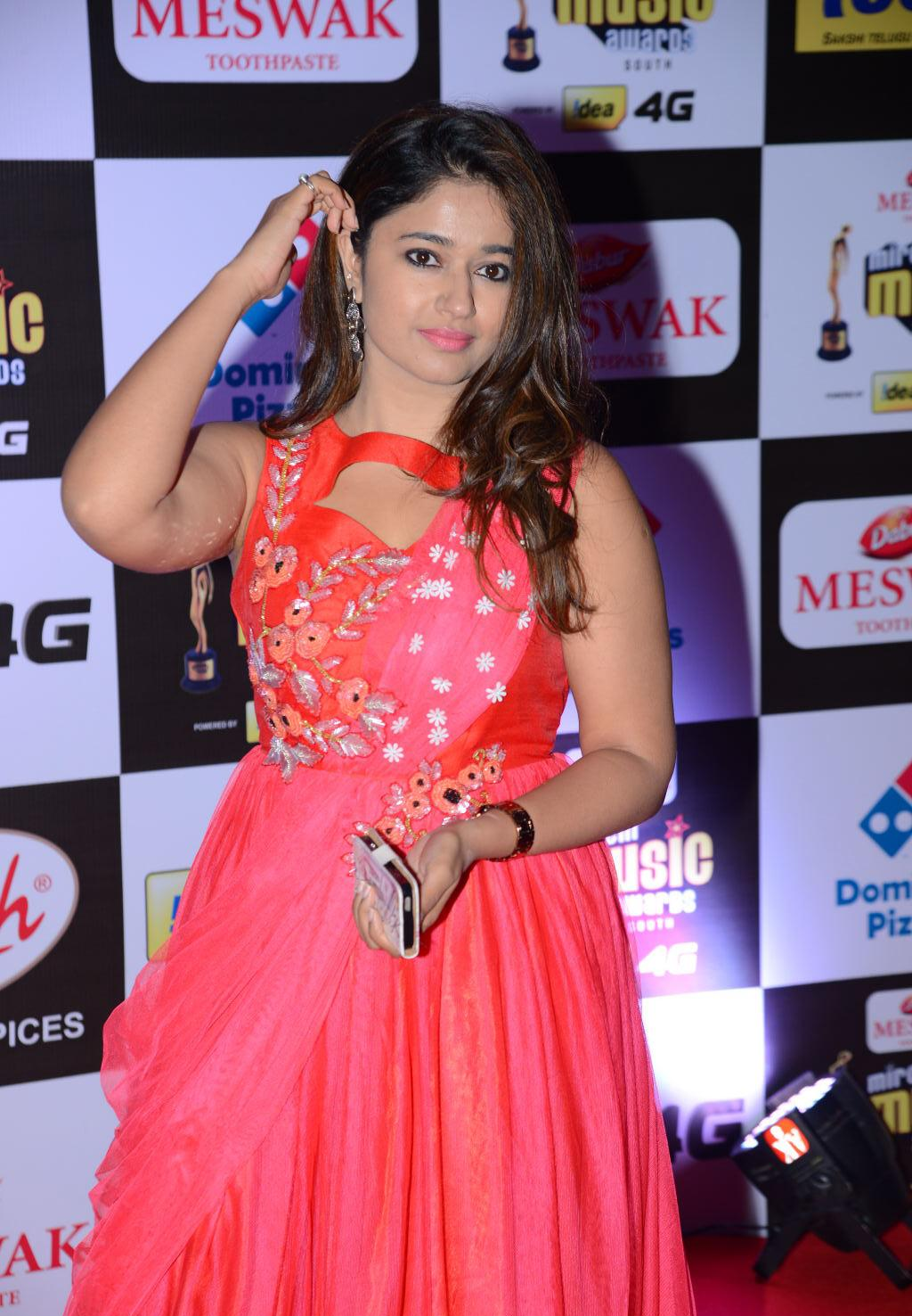 Poonam Bajwa Hot Armpits Show Photos
