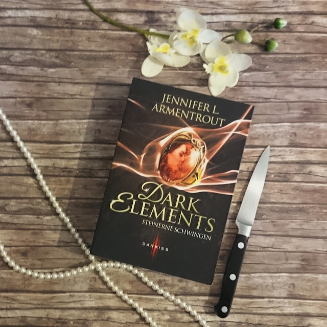 [Rezension] Jennifer L. Armentrout - Dark Elements: Steinerne Schwingen