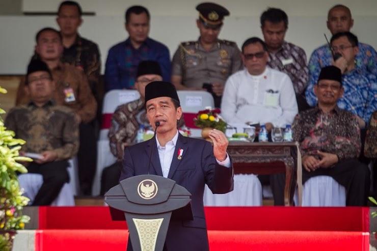 Jokowi Minta Film G30S/PKI Didaur Ulang, Netizen NGAKAK: Emang Filmnya Bikinan Playstore?