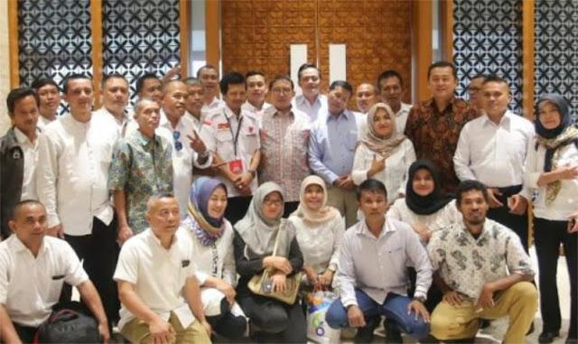 Honorer K2 dari 30 Provinsi Resmi Dukung Prabowo-Sandi