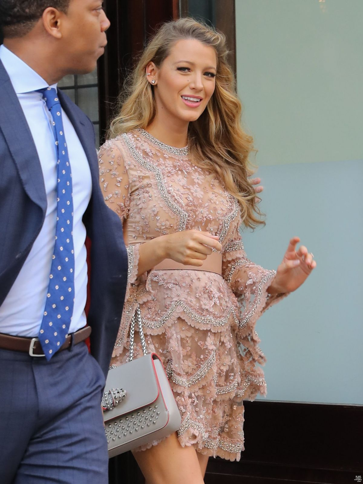 HQ Photos of Pregnant Blake Lively Leaves Her Hotel In New York