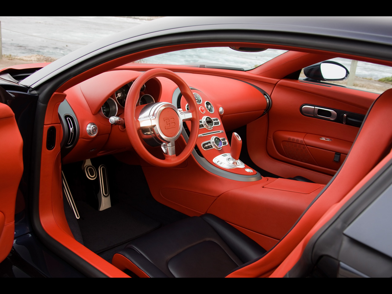 world of cars bugatti veyron interior. Black Bedroom Furniture Sets. Home Design Ideas