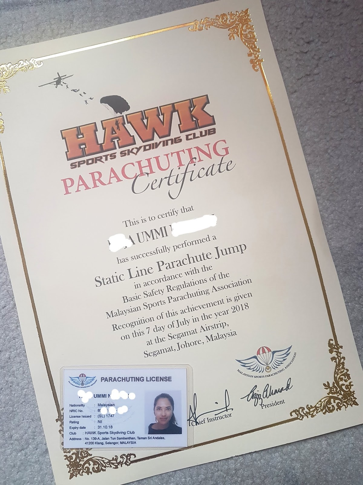 Static line skydiving in Malaysia - Hawk Skydive - Ummi Goes Where?