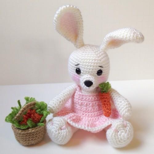 Dress Me Bunny - Free Pattern