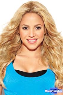 شاكيرا (Shakira)، مغنية كولومبية من أصل لبناني