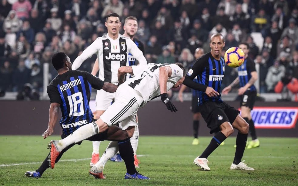 Juventus-Inter 1-0: il gol di Mandzukic catapulta la Juve a +11 dal Napoli in classifica.