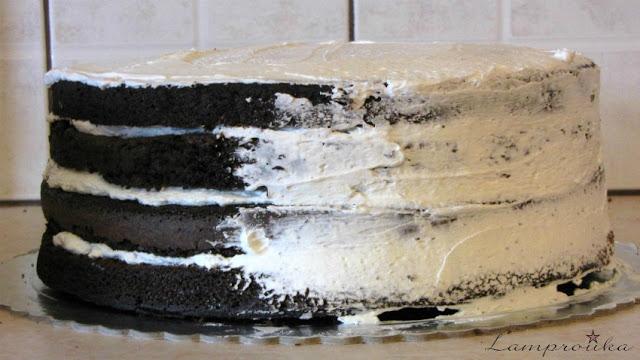 Τούρτα σοκολάτα με γέμιση κρέμας τυριού
