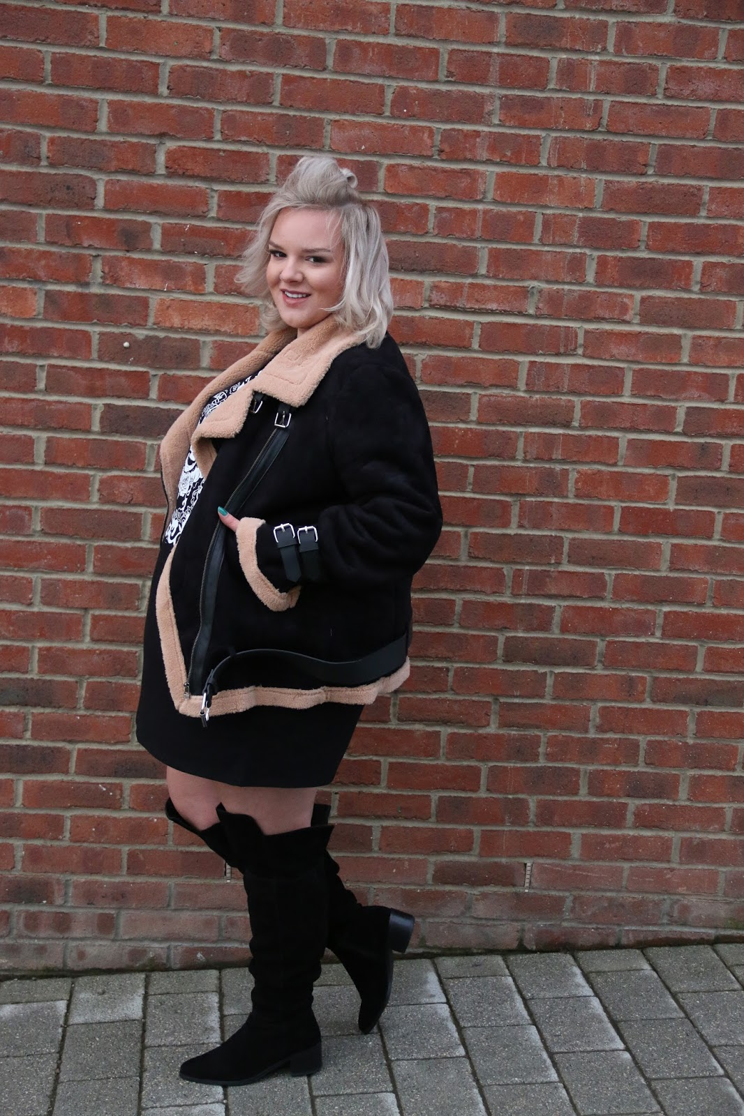 In The Style Curve Aviator Jacket WhatLauraLoves UK Plus Size Blogger