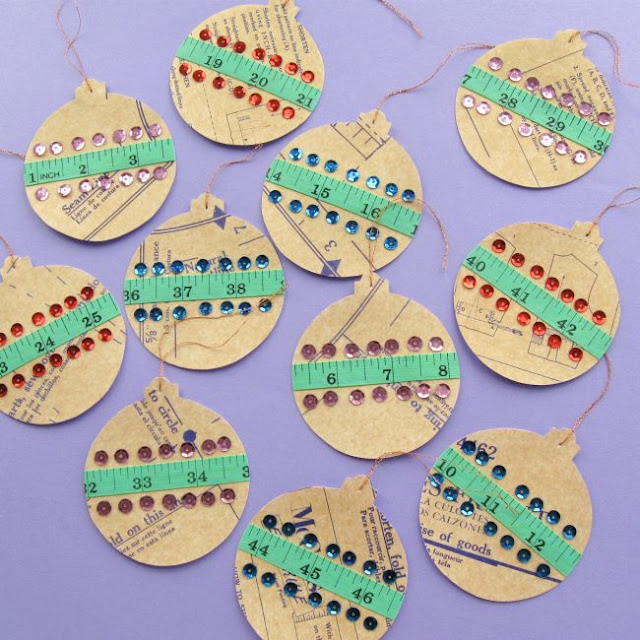 DIY paper Christmas baubles